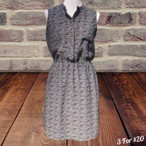 Pullover Dress Pockets Sleeveless Hidden Button M